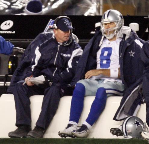 Jason Garrett and Tony Romo during loss to Steelers
