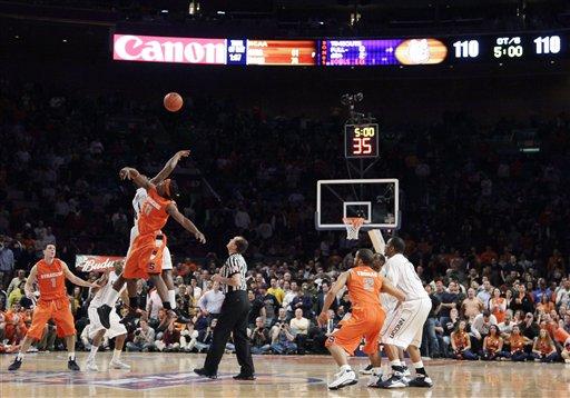 BEast Syracuse UConn Basketball