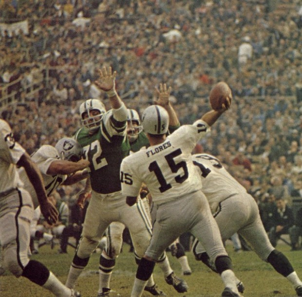 Tom_Flores_vs_ny_jets.sized